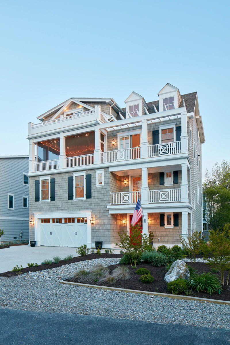Dream catcher marnie custom homes for Dream custom homes